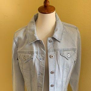 NWT Style & Co White & Blue Denim Jacket  C4